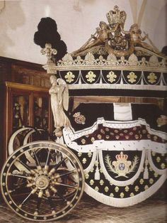 Funeral coach of Louis XVIII <3