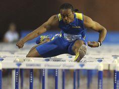 Aries Merritt sets world record in 110m hurdles