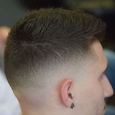 This collection of cool men's hairstyles is simply awesome! 71 amazing new styles created by the best barber in the world. Mens Hairstyles 2016, Cool Hairstyles For Men, Hairstyles Haircuts, Teenage Hairstyles, Hairstyle Ideas, Barber Haircuts, Cool Haircuts, Haircuts For Men, Best Barber