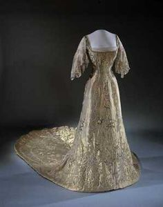 Queen Maud's dress for the coronation in 1906, made by British Vernon