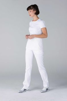 Premium Stretch Scrubs for Women Med Lab, White Scrubs, Nursing Scrubs, Womens Scrubs, White Jeans, Heart, How To Wear, Fashion, Surgical Nursing