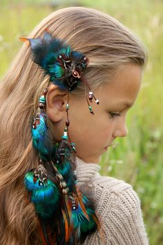 Feather hair extension #feathers #hair #clip #boho #hairextension #feather #wildchild #hippie #gypsy #hairstyle #summer2017