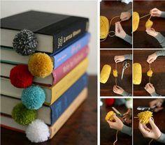Bálsamo dos Livros: Marcador de livro de pompom.