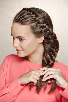 Finde jetzt neue Flechtfrisuren Trends jetzt auf www.my-hair-and-me.de