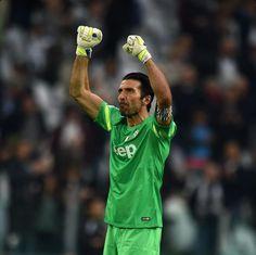 Buffon plays his 500th Serie A match for Juventus #Goalkeeper #Soccer