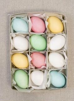 Pretty pastel eggs for Easter Hoppy Easter, Easter Eggs, Pastel Colors, Soft Pastels, Colours, Easter Parade, Spring Has Sprung, Egg Decorating, Spring Day
