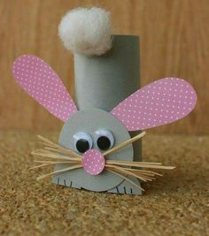 Paper Roll Rabbit- A super sweet crafty project to do with your kids during Easter holidays. And while you're at it why not make a bunny to go along with it.