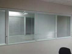 Divisórias de vidro duplo entre parede de drywall Blinds, Curtains, Home Decor, Sunroom Blinds, Insulated Curtains, Homemade Home Decor, Draping, Decoration Home, Shutters