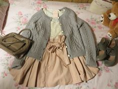 antique pastel outfit