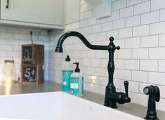 Satin Black Faucet is Ferguson Satin Black Opulence Single Handle Kitchen Faucet. Black Kitchen Faucets, Kitchen Fixtures, Kitchen Tiles, Bathroom Faucets, Kitchen Black, Faucet Kitchen, Kitchen Reno, Sinks, Bathrooms
