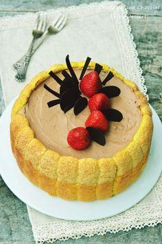 Sarlota cu ciocolata si capsune Food Cakes, Chocolate, Nutella, Mousse, Biscuit, Cake Recipes, Caramel, Sweet Treats, Cheesecake
