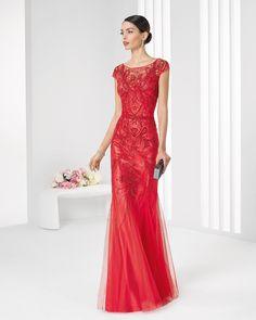 16 ideias de vestidos para madrinhas de casamento a noite