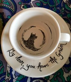 Your place to buy and sell all things handmade - Harry Potter Inspired Grim Tea Cup Set Includes Saucer Harry Potter Navidad, Harry Potter Weihnachten, Décoration Harry Potter, Harry Potter Christmas Gifts, Harry Potter Presents, Mason Jars, Tea Cup Set, Cute Mugs, Cute Tea Cups