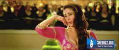 Hot Kareena Kapoor Mujra Song Stills
