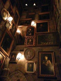 Paradis Sombre, Urbane Fotografie, Slytherin Aesthetic, Dark Paradise, Brown Aesthetic, The Villain, Wall Collage, Aesthetic Pictures, Aesthetic Wallpapers