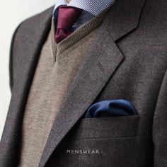 menswear.no/dress #menswear_no #menswear #mensfashion #dress #oslo #bogstadveien #lysaker #tjuvholmen #høst #dresser #skjorte #slips #jacket #blazer #jobbklær #suit #suitup   photo: @katyadonic