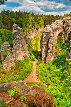 May 2015 Prachovske rocks, Bohemian Paradise, Czech republic Prachovske skály (=rocks) are the most famous rock town in Czech republic. Croatia Travel, Thailand Travel, Italy Travel, Euro Travel, Countries To Visit, Places To Visit, Montenegro Kotor, Day Trips From Prague, One Day Trip