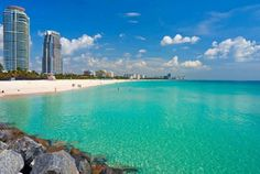Colores que invitan a conocerlos personalmente. La transparencia del agua es uno de los tantos detalles que vuelven un grandioso destino a #Miami para vacacionar.