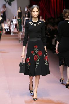 dolce-and-gabbana-winter-2016-women-fashion-show-runway-70-zoom