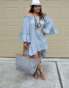 Fashion isn't like drugs. Plus Size Outfit styles can be soft and fluid. Striped Dress be quite harmonious appearance to your figure. If you will wear striped dress, you need consider this ideas. Curvy Girl Fashion, Cute Fashion, Plus Size Fashion, Mode Outfits, Casual Outfits, Fashion Outfits, Womens Fashion, Look Plus Size, Plus Size Women