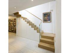 Geländer Glas, Stufen und Handlauf Holz
