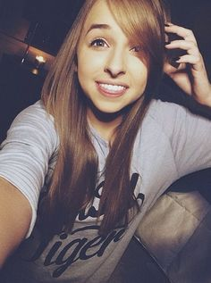 Hey guys! Please go check out Jennxpenn on YouTube!! She is so close to a million subs so please check her out and subscribe if u haven't already! Thanks! Bye!