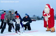 Joulupukki-hiihto Pelossa Lapissa