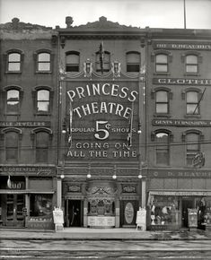Detroit, Michigan, circa 1909.  Love these old theaters.  I have a photo from Paw Paw Michigan where my mom grew up.