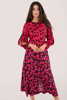 Looking for Long Sleeve Dresses? Call off the search with our Puff Sleeve Midaxi Dress In Red Heart Print. Shop unique fashion at SilkFred Burgundy Midi Dress, Heart Dress, Heart Print, Unique Fashion, Fashion Dresses, Dresses With Sleeves, London, Red, Closet