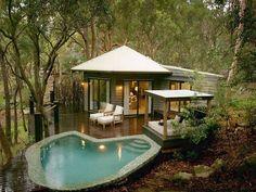 The Pretty Beach House on the Bouddi Peninsula, Australia - great idea for a little Granny Flat