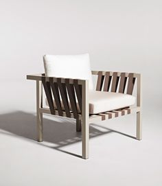 Jibe Outdoor Lounge Chair. #modernoutdoorfurniture #modernloungechair