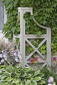 Love this for the corner of a house or shed. Yardistry Garden Corner Climber