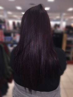 Plum Brown Hair- this is what i have been looking for, i think this is exactly what i want. Plum Black Hair, Dark Purple Hair, Hair Color Purple, Hair Color And Cut, Brown Hair Colors, Violet Brown Hair, Violet Hair Colors, White Hair, Pelo Color Vino