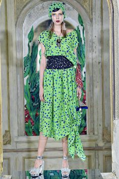 See the complete Tsumori Chisato Spring 2017 Ready-to-Wear collection.