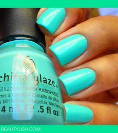 "Summer Aqua Manicure | China Glaze ""Aquadelic"""