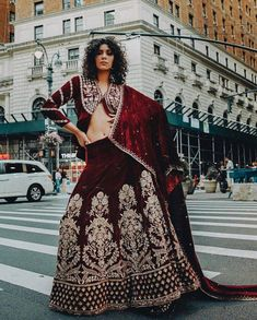 These Maroon Bridal Lehengas Are The New Bridal Color That You Must Consider. For more such bridal information, visit shaadiwish. Lehenga Color Combinations, Latest Bridal Lehenga, Maroon Skirt, Sabyasachi Bride, Indian Outfits, Indian Clothes, Bridal Looks, Beautiful Bride, Blouse Designs