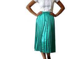 XEMARD French Vintage Green Pleated Midi Skirt by bOmode on Etsy, $59.00