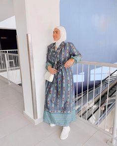 Hijab Dress, Hijab Outfit, Boho Dress, Abaya Fashion, Trendy Outfits, Nice Dresses, Shirt Dress, Hijabs, My Style