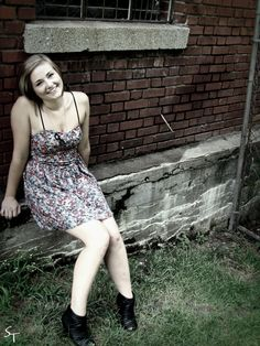 Alayna, senior picture model.
