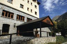 El Hotel Manantial Caldes de Boí en #CaldesDeBoí (#Lleida) ofrece a los clientes #Wonderbox este #WonderPlan: una noche en habitación doble con desayuno buffet y acceso privado al jacuzzi, para hacer tu #escapada lo más #relajante posible