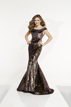 Style 14897 from Panoply has plush crushed velvet on this gown. The off the shoulder collar has rhinestones, while the matching sheer side bodice panels add flare. The trumpet skirt has a sweep train. Formal Evening Dresses, Formal Gowns, Evening Gowns, Formal Wear, Evening Attire, Prom Dress Stores, Prom Dresses, Panoply Dresses, Velvet Gown