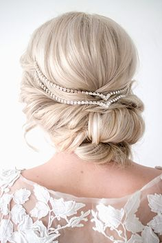 @laurenbedair I am digging this maybe for me instead of down if it doesn't go how I want!! You think you or Rachel could do something like this maybe?