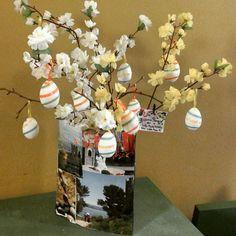 L' #albero di #Pasqua dell'Info Point vi aspetta per i vostri #auguri!!!!!