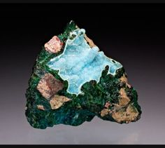 Quartz with Chrysocolla