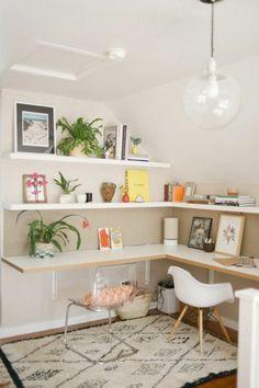 schreibtisch selber bauen diy büro holzplatten wandregale weiß eckdesign (Diy Desk)