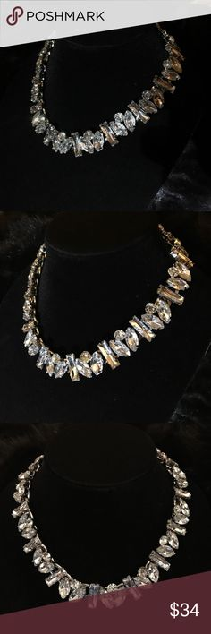 🔥HOT GIFT 🎁 ALERT 🚨🔥 Beautiful crystal necklace. Brand new never been worn. Absolutely gorgeous with a pair of stud earrings and an A line gown. Perfect for weddings and formal events Design Lab by Lord & Taylor Jewelry Necklaces