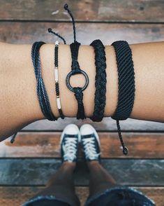 verschiedene Niveau von Schwierigkeit beim Armbänder selber machen