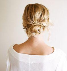 18 New Romantic Wedding Hairstyles. To see more: http://www.modwedding.com/2013/12/30/18-romantic-wedding-hairstyles/ #wedding #hairstyle #hairstyles #weddinghair