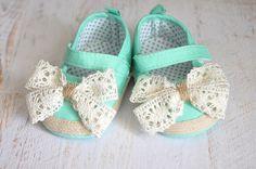 Baby Girl shoes Baby crib shoes Newborn baby by NatalysBabyArt