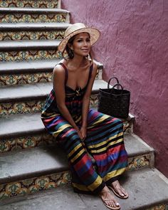 Cute dress, love the multicolor! | Awesome outfit ideas for stylish women.